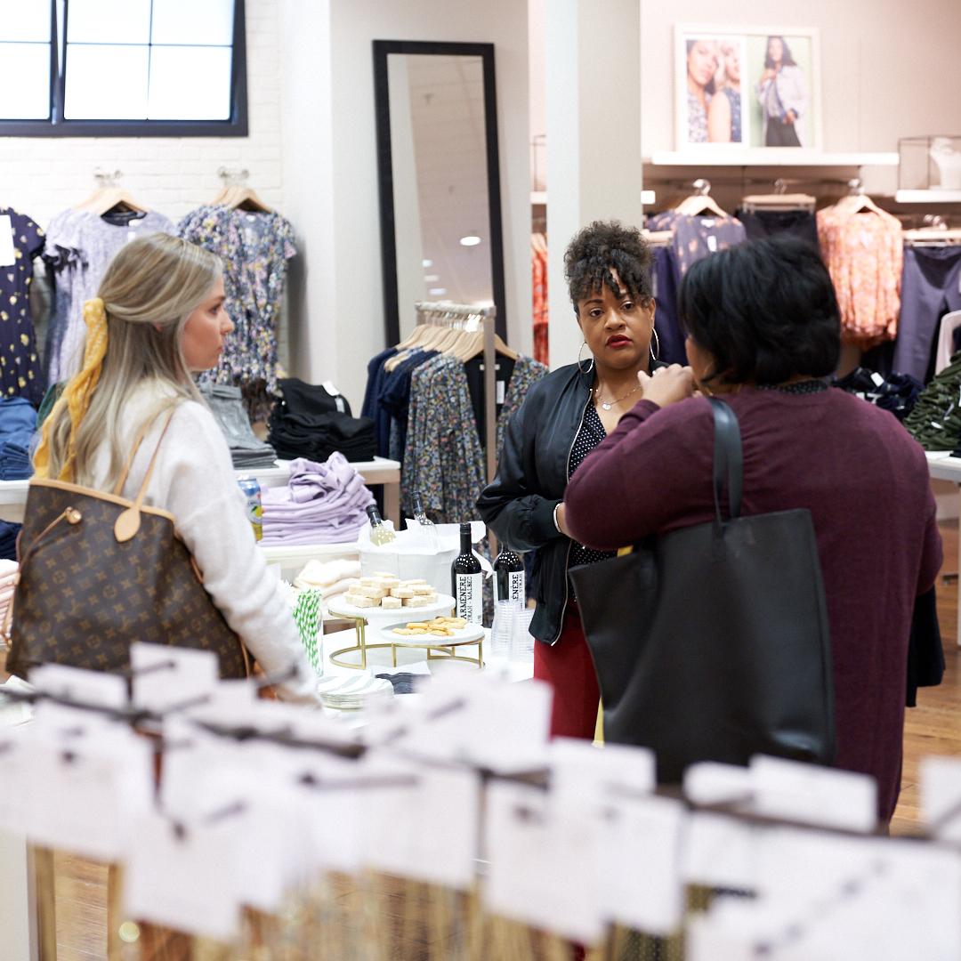 Kim, Kristie and Lisa talking